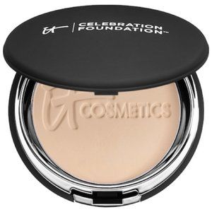 It Cosmetics Celebration Foundation - Light Medium